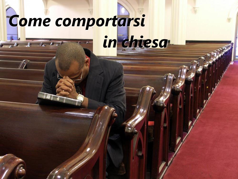 comportamento in chiesa
